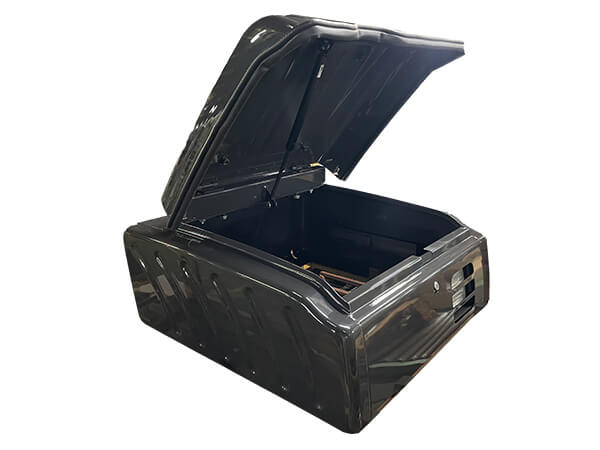 油圧ショベル用の工具箱4